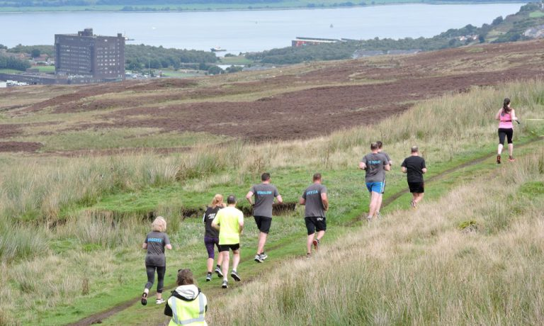 2-bog-stomp-runners-and-views-down-the-clyde